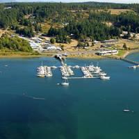 Islands Marine Center