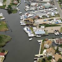 Breezy Point Yacht Club