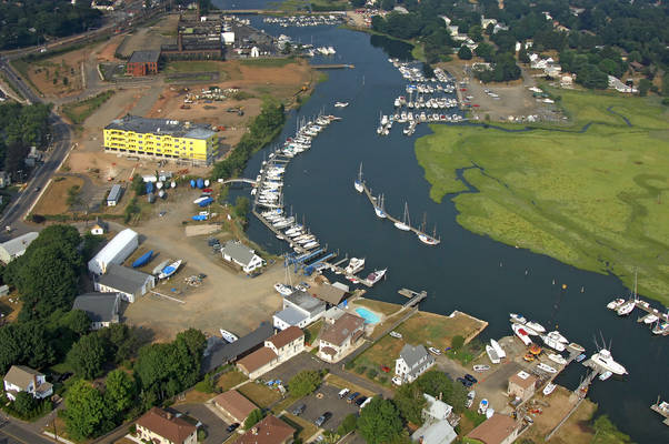 Dutch Wharf Boatyard & Marina