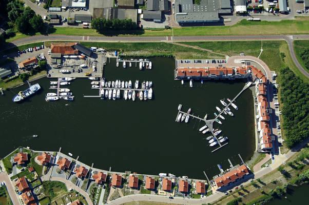 Tholen Oude Eendracht Yacht Harbour