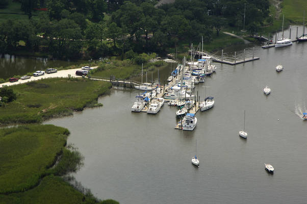 Hobcaw Creek Community Dock