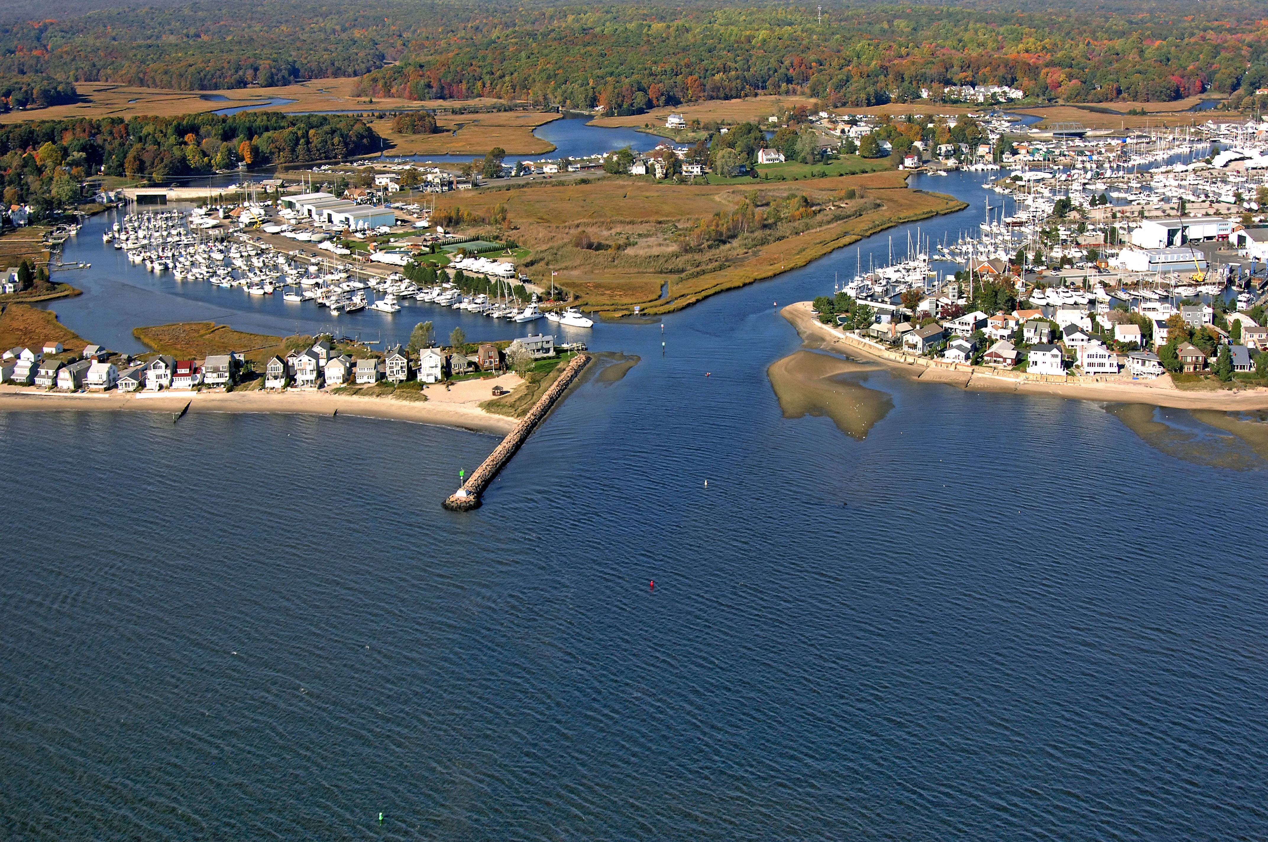 Safe Harbor Pilots Point in Westbrook, CT, United States