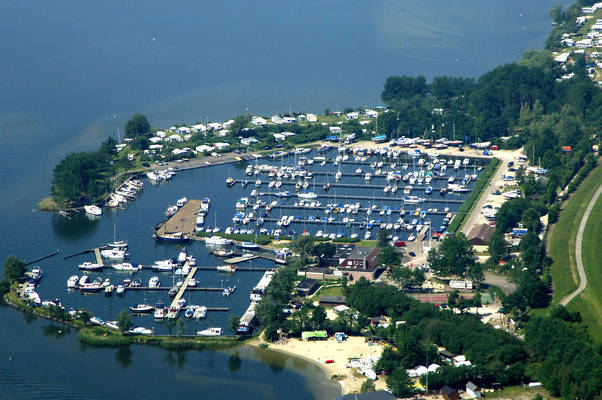 Bremerbergse Hoek Yacht Club