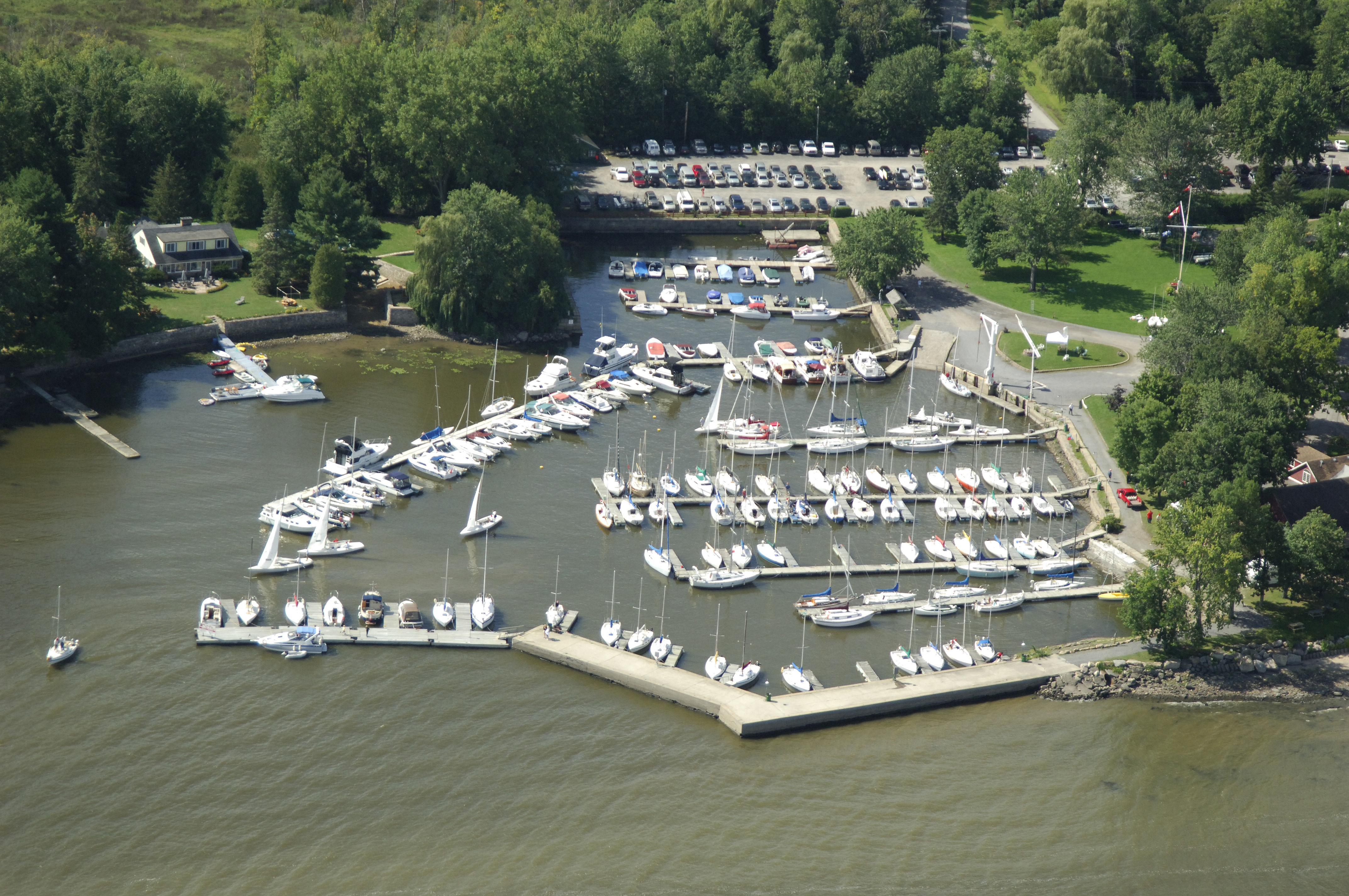 North hudson yacht club / Latin night clubs in seattle