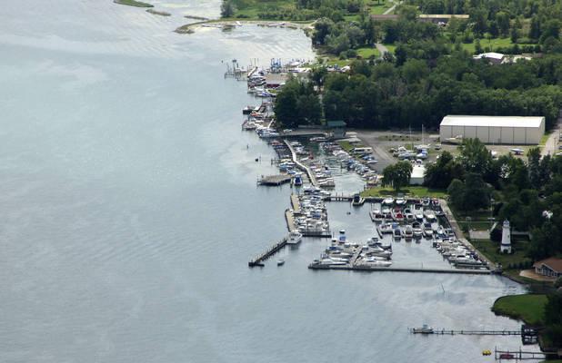 Buffalo Launch Club: Dock