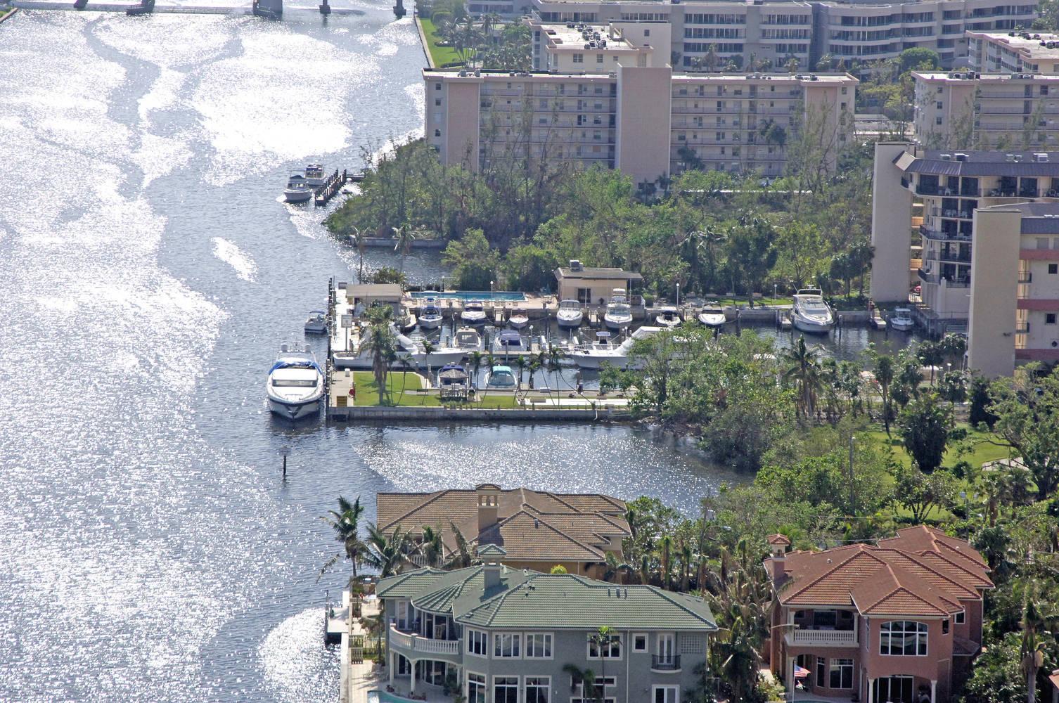 Delray Harbor Club Marina Slip Dock Mooring Reservations
