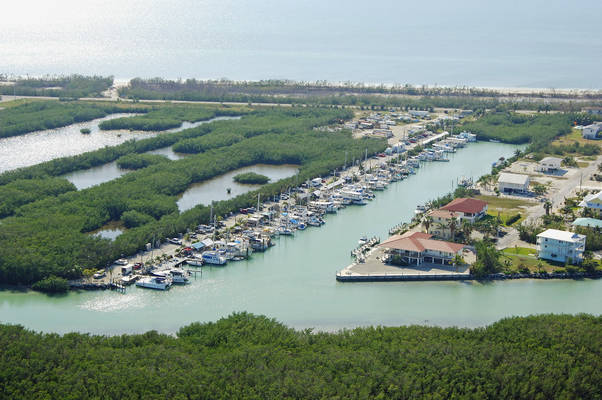 Coco Plum Beach Yacht Club