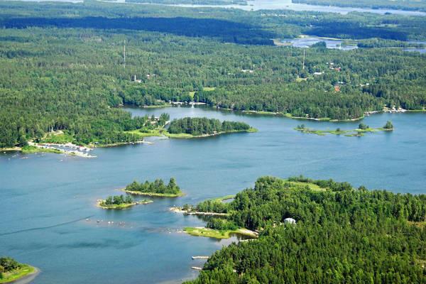 Reila Harbour