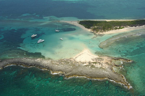 Gun Cay Anchorage