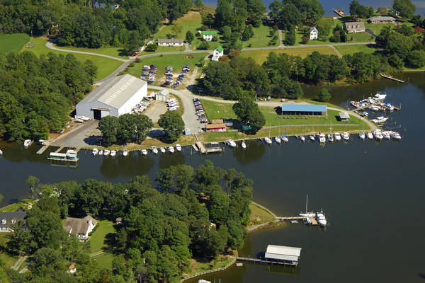 Buzzard's Point Marina