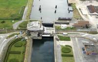 Zeesluis Railroad Bridge