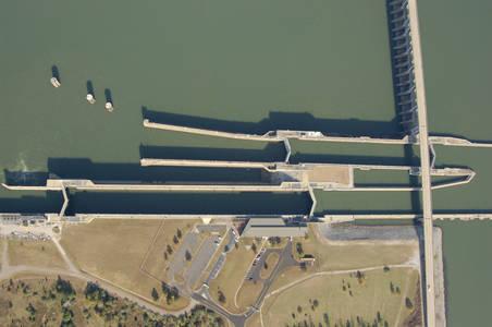 Pickwick Lock Dam