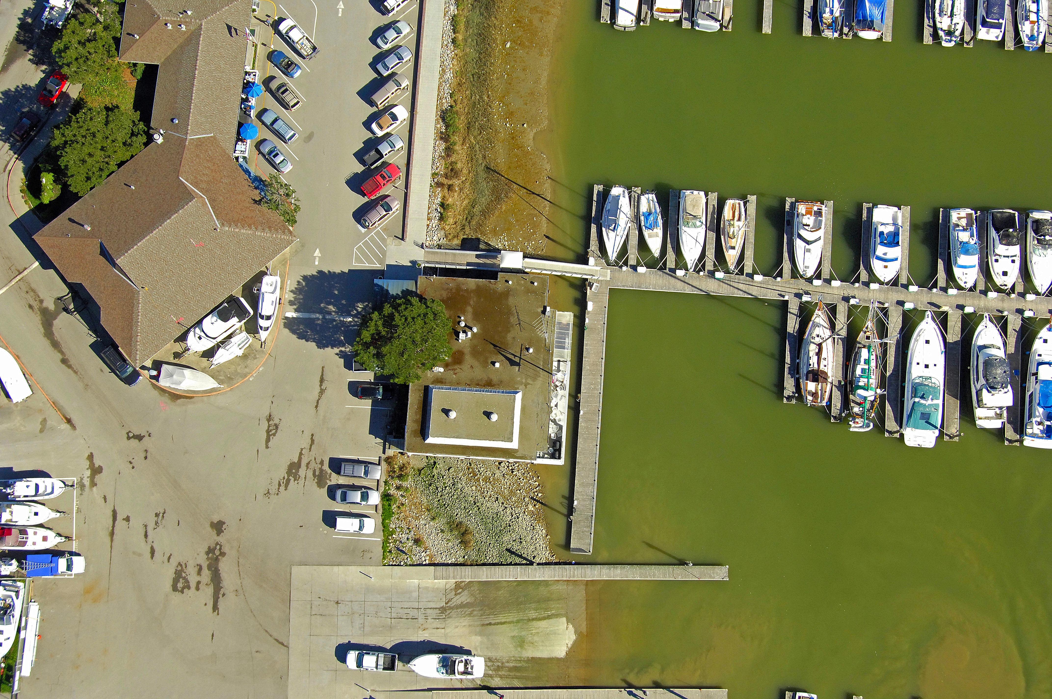 Loch Lomond Yacht Club In San Rafael Ca United States Marina Reviews Phone Number