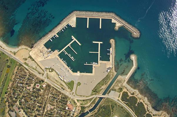 Porto Corallo Marina