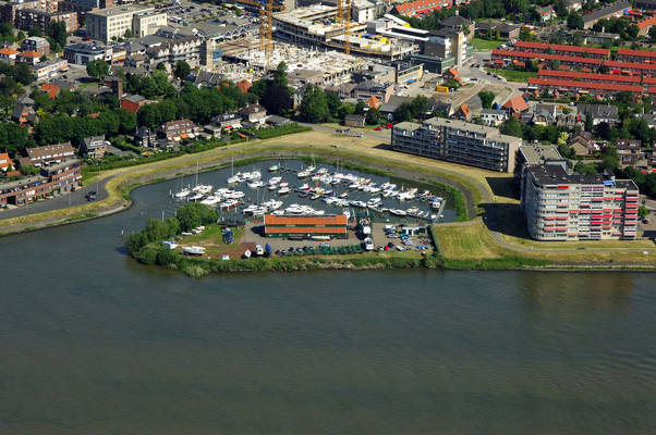 Papendrecht Yachtharbor & Water Sports Association