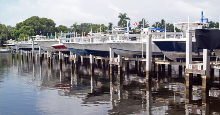 River Cove Marina
