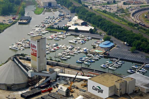 Olde River Yacht Club