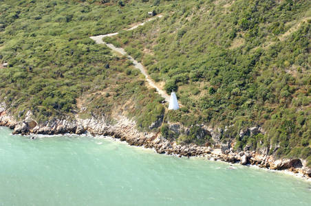 Lazaretto Cairn Lighthouse