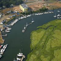 Dutch Wharf Boatyard & Marina