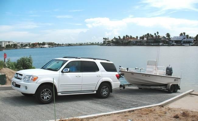 Island Moorings Marina & Yacht Club