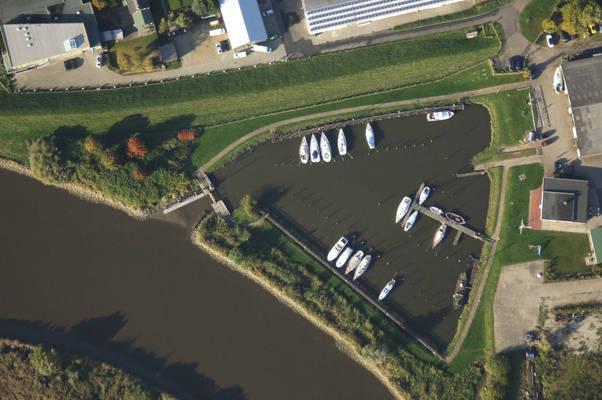 Heiligenstedten Boatyard