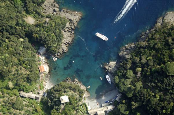 San Fruttuoso Marina