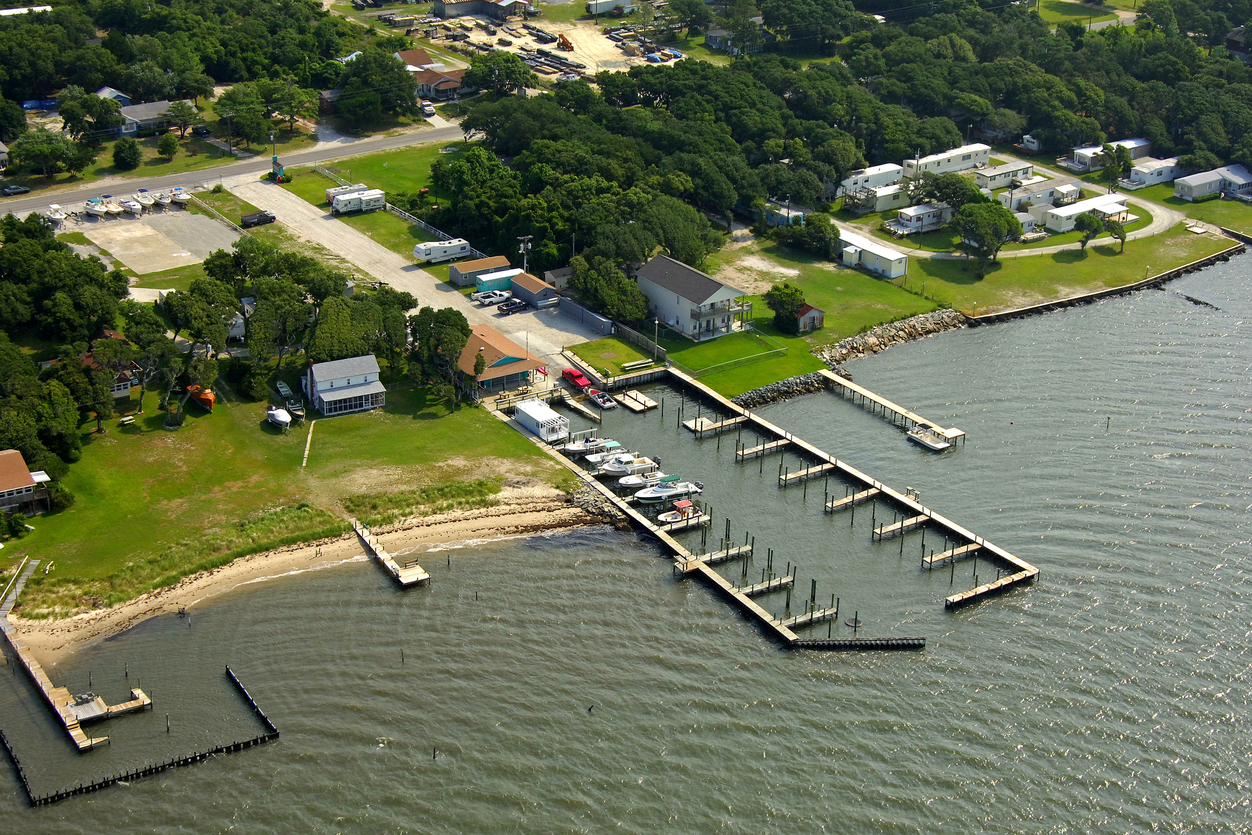 Cape Pointe Marina In Harkers Island Nc United States Marina Reviews Phone Number Marinas Com