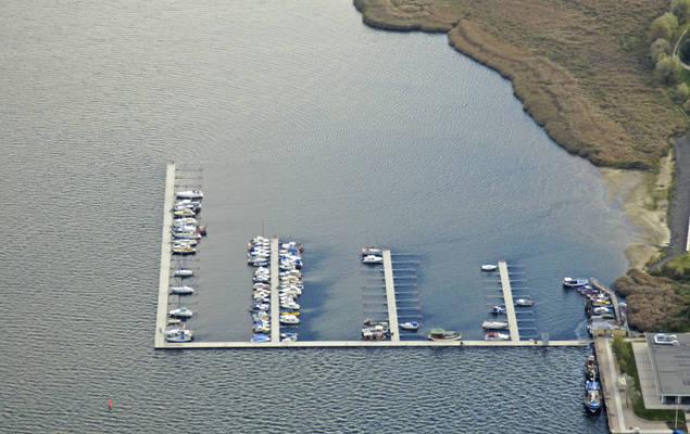 Fahrhaus Yacht Harbour