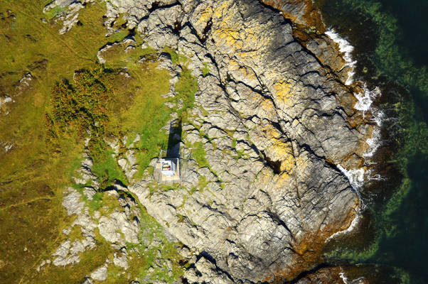 Scalasaig Lighthouse