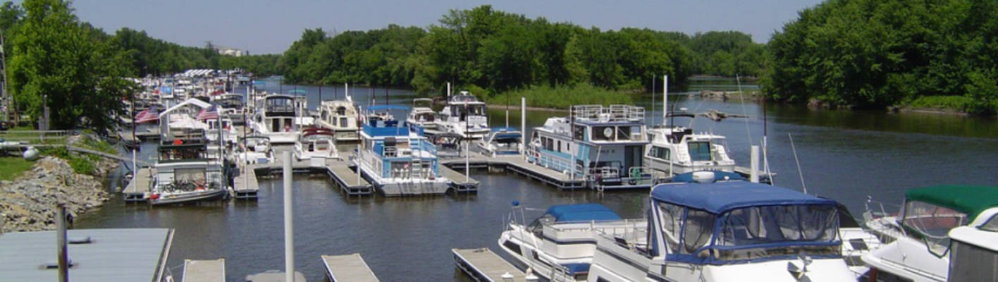 River Heights Marina