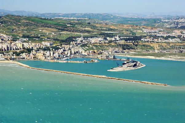 Porto Empedocle Marina