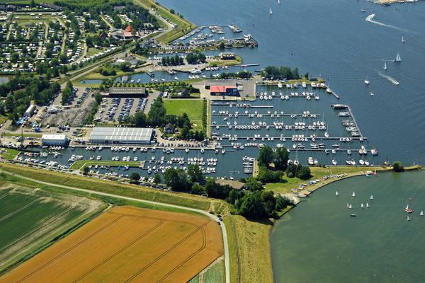 Schorhaven Yacht Harbour