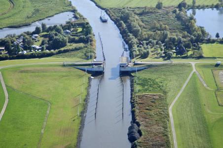Dyke Defense Bridge 2