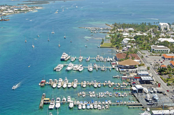 Nassau Harbour Club Hotel & Marina