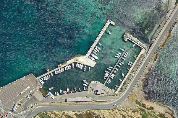 L'Ile Rousse Marina