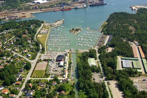 Oxeloesund Badhusviken Marina
