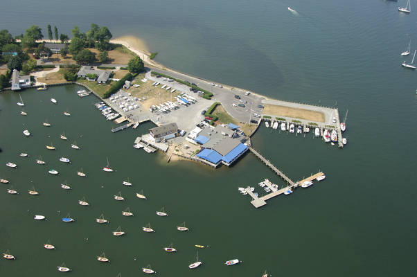 Shelter Island Yacht Club