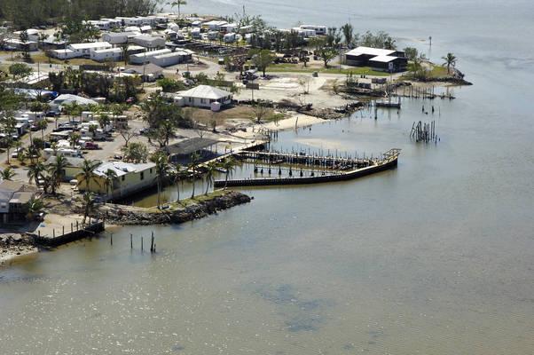 Chokoloskee Island Park and Marina