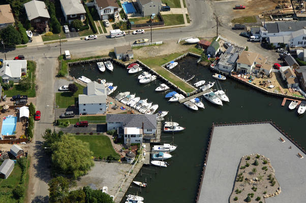 Bay Breeze Marina