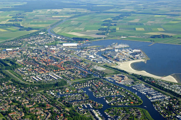 Lemmer Harbor