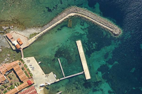 Villamarina Harbour