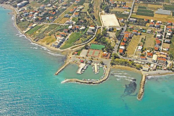 Zevgolation Harbour