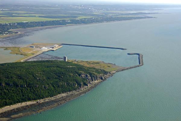 Port De Gros Cacouna Harbour