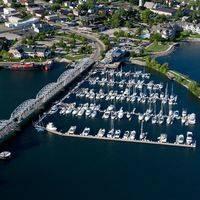 Skipper Bud's Harbor Club Marina