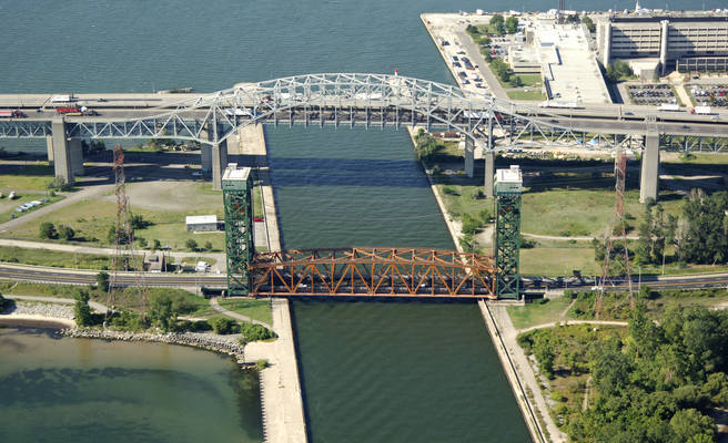 James N. Allen Skyway Lift Bridge