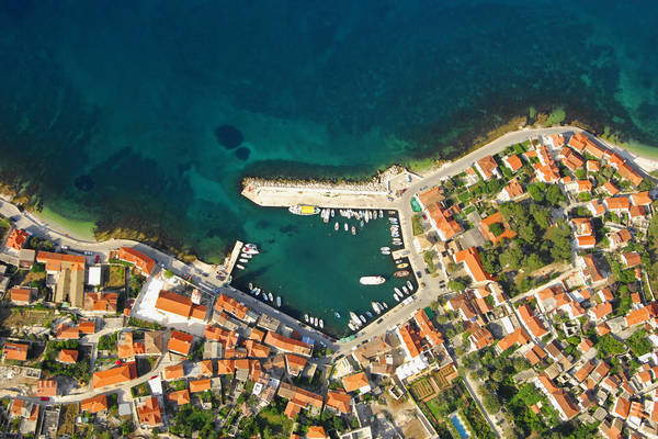 Sutivan Harbour