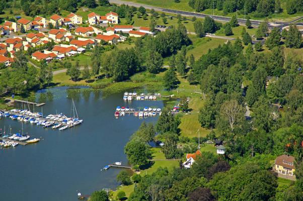 Baalsta Smaabaatshamn Marina