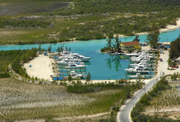 Hawk's Nest Resort & Marina