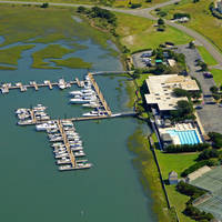Figure Eight Island Yacht Club