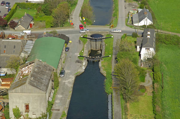 Grand Canal Lock12